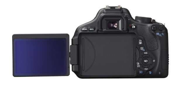 EOS 600D BCK LCD DISPLAY OPEN Capte todos os momentos das suas aventuras com a nova EOS 600D | Rebel T3i