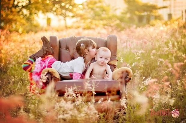 Retrato de bebês 619x412 O Mundo Lá de Fora – Fotografia Externa Infantil   Parte 1