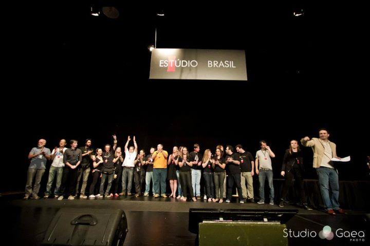 Equipe da Editora Photos no encerramento do Estúdio Brasil