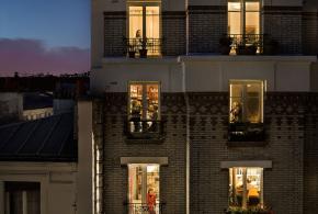 Gail Albert Halaban e os parisienses por suas janelas
