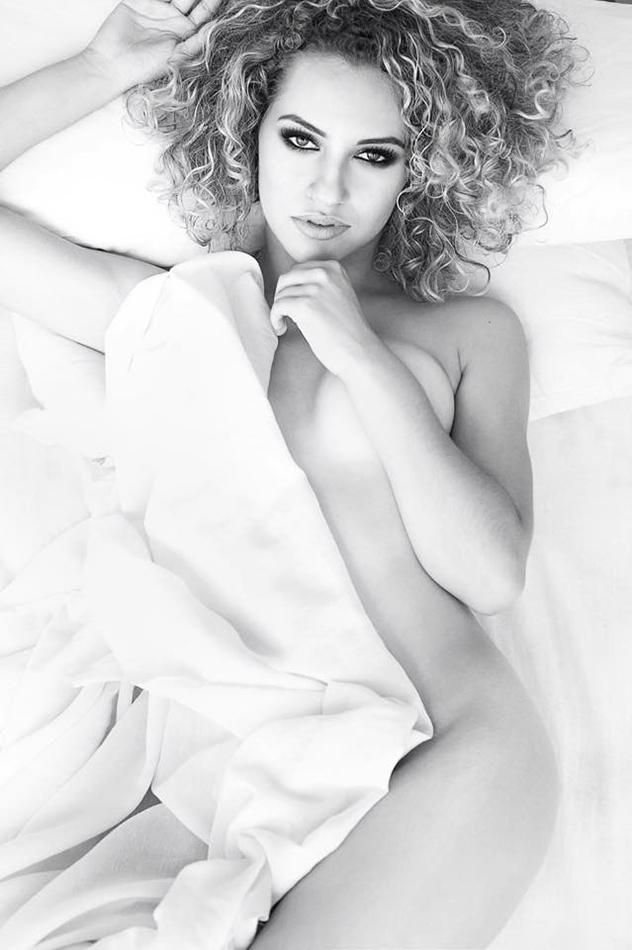Entrevista com Michelle Moll – Fotografia sensual 4.67/5 (3)