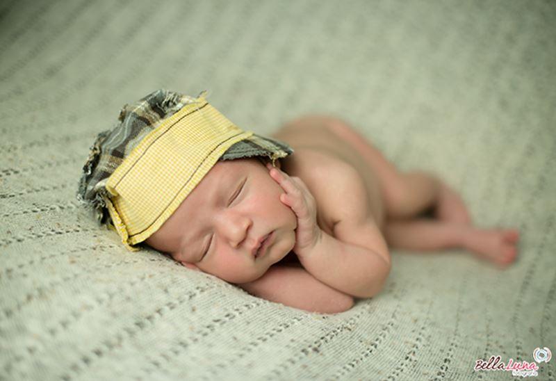 Fotografia Newborn - Pose Lateral